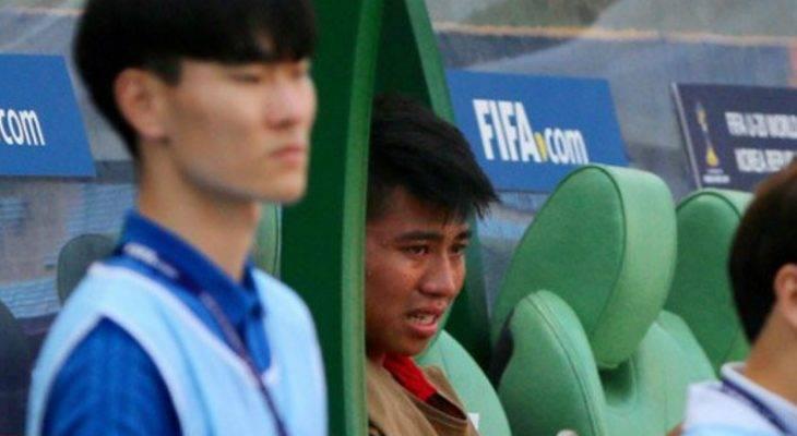 Sao trẻ HAGL bật khóc khi rời sân trước U20 Honduras