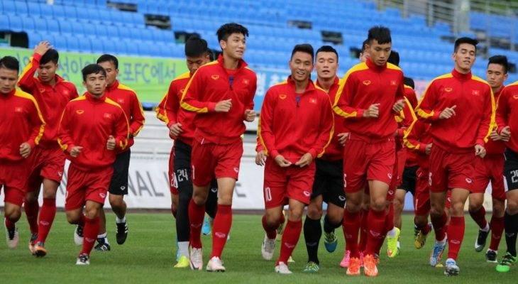 """Bản tin tối 15/5: HLV Hoàng Anh Tuấn ra """"thiết quân luật"""" trước thềm U20 World Cup 2017"""