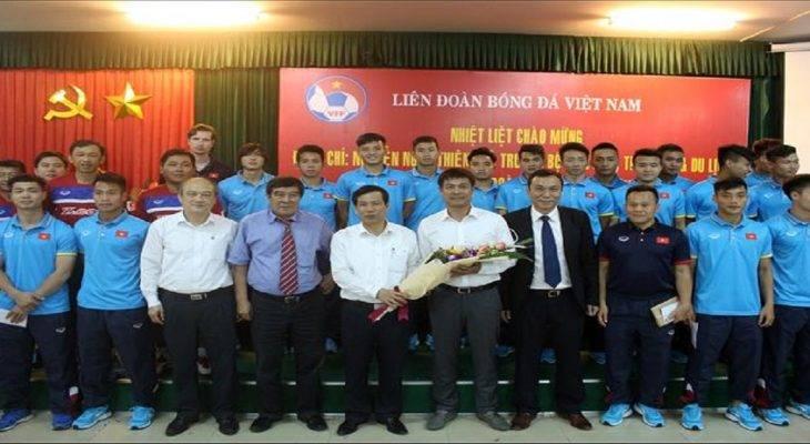 Bộ trưởng Nguyễn Ngọc Thiện nhắn nhủ Công Phượng và U22 Việt Nam
