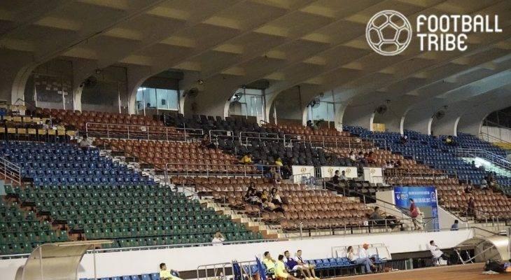 Những khán đài trống vắng tại giải bóng đá VĐQG nữ 2017