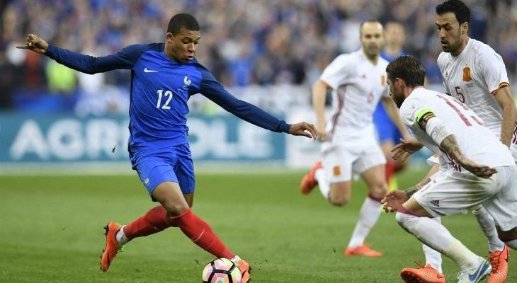 ĐT Pháp triệu tập danh sách đá vòng loại World Cup