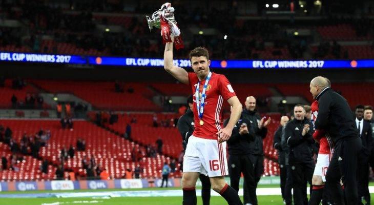 Huyền thoại Manchester United khen ngợi Michael Carrick