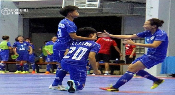 Khai mạc giải Futsal nữ TP.HCM mở rộng 2017: Quận 8 thắng kịch tính