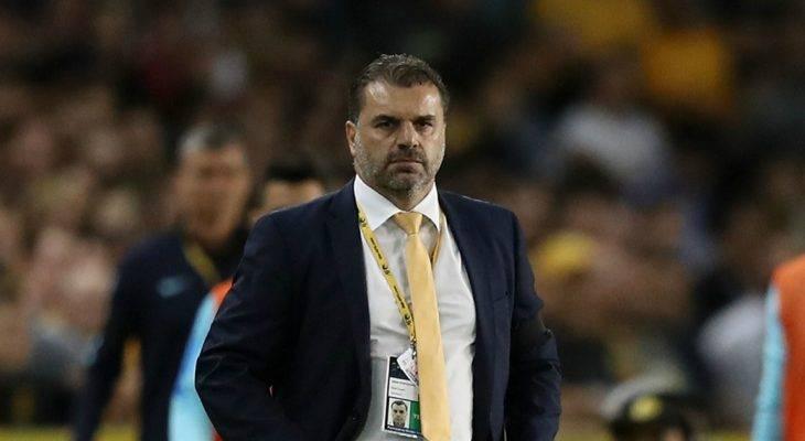 HLV ĐT Australia từ chức dù lọt vào VCK World Cup 2018