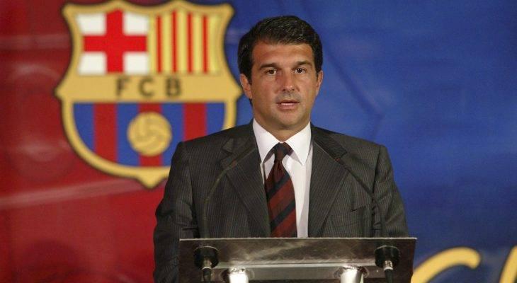 Cựu chủ tịch Barcelona kêu gọi BLĐ từ chức