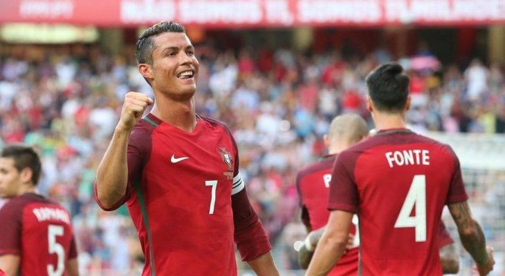 Hòa Mexico đáng tiếc, Cristiano Ronaldo bỏ họp báo sau trận