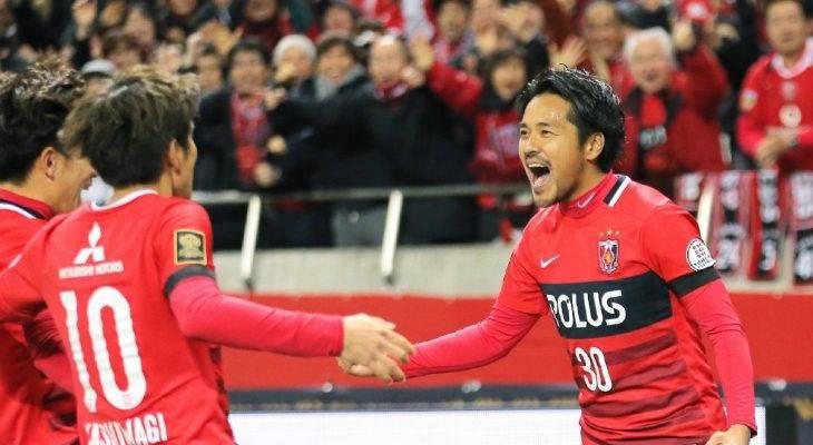 """Vừa đến J-League, Chanathip """"đá"""" bay ghế HLV đối thủ"""