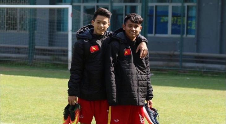 VIDEO: Cầu thủ U17 Viettel phô diễn kỹ năng bóng đá đường phố