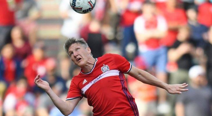 Bản tin trưa 2/7: Schweinsteiger gặp chấn thương