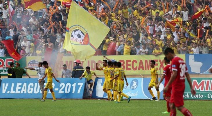 Đánh bại Viettel, Nam Định thăng hạng V League sau nhiều năm chờ đợi