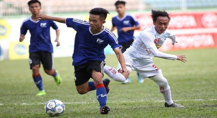 """Khởi tranh vòng loại U21 Quốc gia 2017: """"Người hùng"""" U20 Việt Nam cứu Huế khỏi thua"""