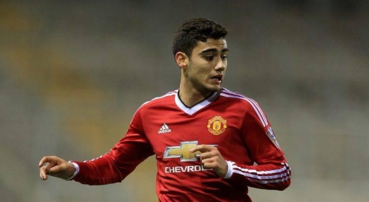 Chủ tịch Valencia CF đến Anh hỏi mua sao trẻ Man Utd