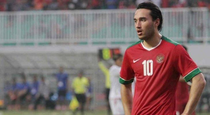 Thử việc tại Premier League, tiền đạo U22 Indonesia lên tuyển muộn