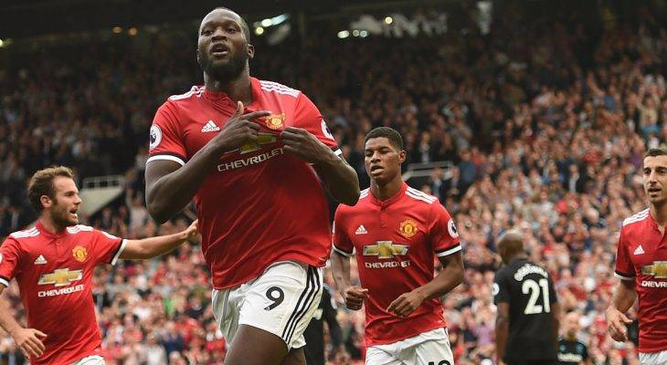 Nhìn lại vòng 1 Ngoại hạng Anh: Chelsea vấp ngã và nhiệm vụ của Lukaku