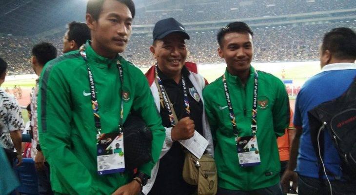 Cầu thủ U22 Indonesia bị nhân viên an ninh cấm xuống sân
