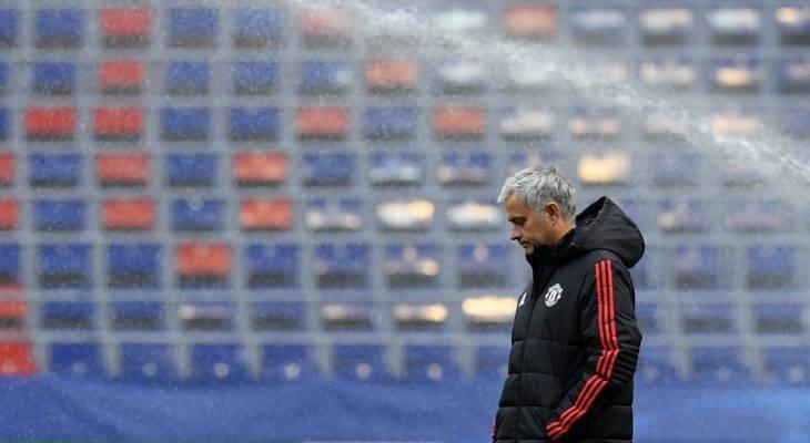 HLV Mourinho hầu toà tại Madrid với cáo buộc trốn thuế