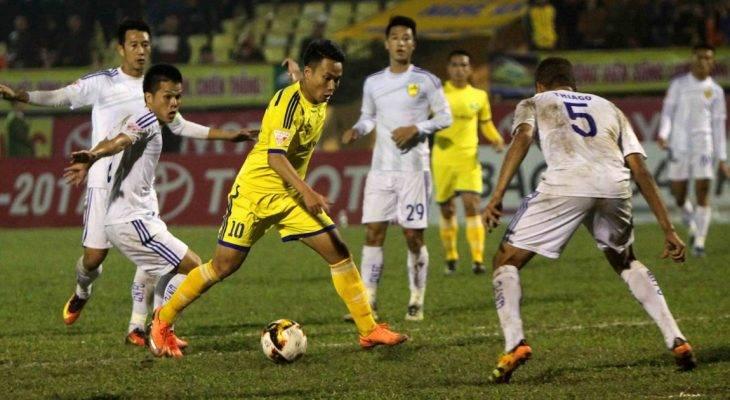 Bán kết lượt đi cúp QG 2017: SLNA giành lợi thế lớn trước Quảng Nam