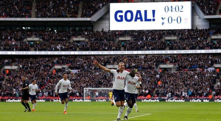"""""""Siêu nhân"""" Kane lập cú đúp, Tottenham bắt kịp Man United"""
