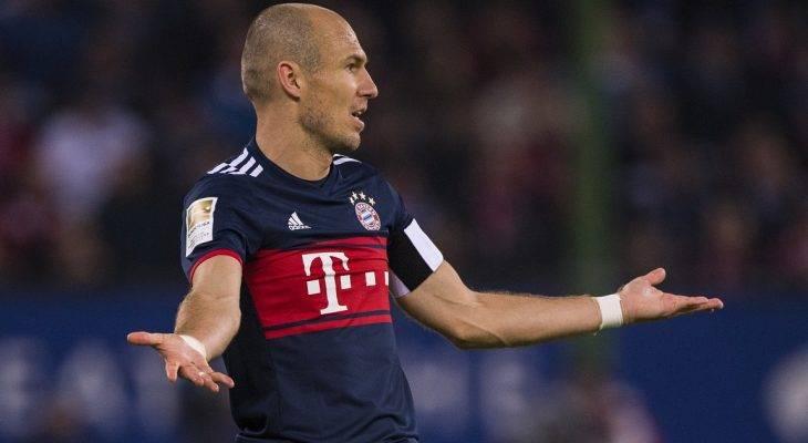 Mất Lewandowski, HLV Heynckes để Robben làm tiền đạo cắm