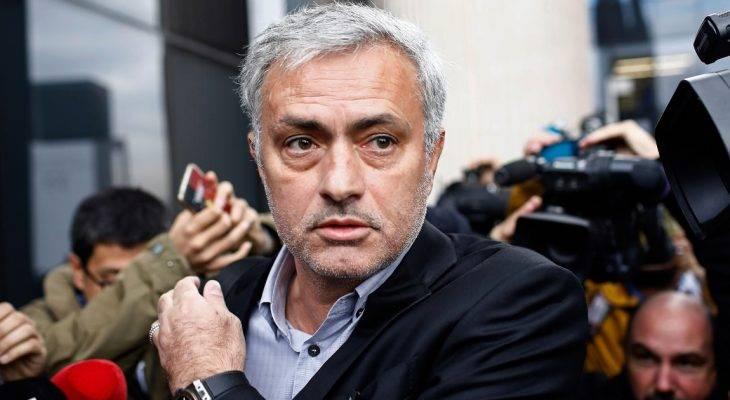 HLV Mourinho phủ nhận mọi cáo buộc trốn thuế