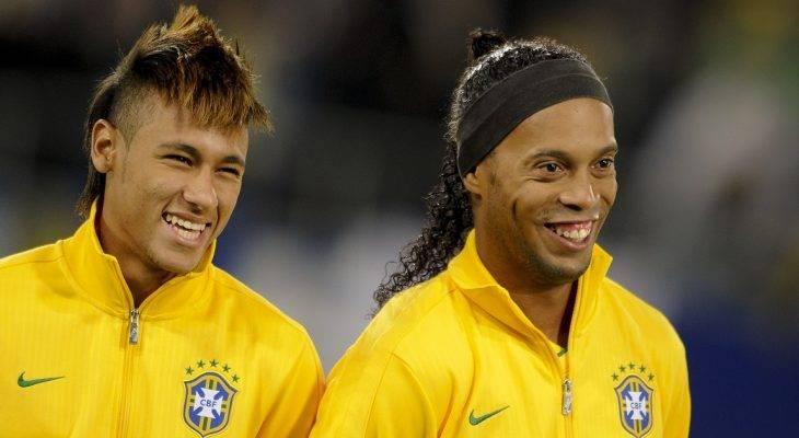 Ronaldinho yêu cầu Neymar bỏ ngoài tai tin đồn