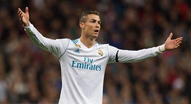 Real Madrid 3-2 Malaga: Cristiano Ronaldo cứu rỗi đội chủ nhà
