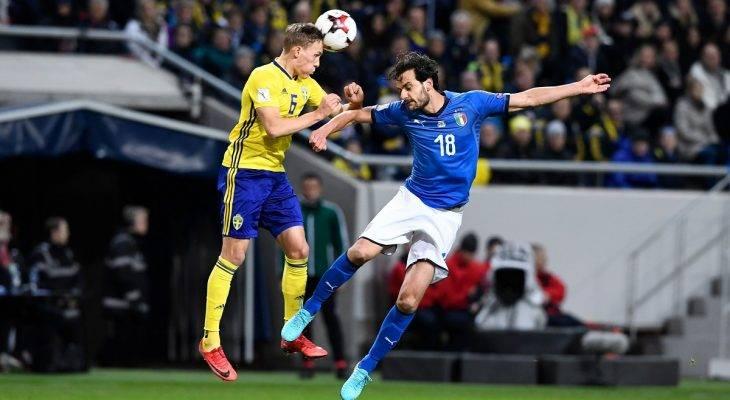 """Pirlo: """"Trọng tài có mắc lỗi thì vẫn phải đá tiếp"""""""