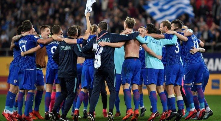 Thụy Sĩ và Croatia giành vé dự World Cup 2018