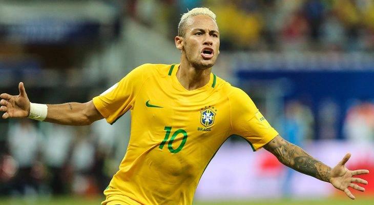 Cuộc gặp bất ngờ của Neymar với đàn anh