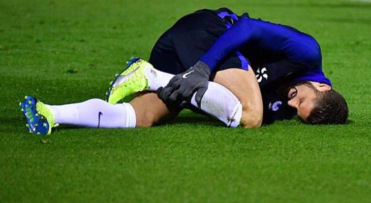 Deschamps lo sốt vó vì chấn thương của Giroud