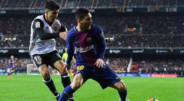 """Chùm ảnh: Valencia cầm hòa Barcelona trong ngày Messi bị """"cướp"""" bàn thắng"""
