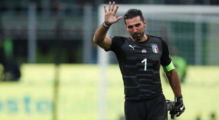 """Buffon: """"Tôi thấy tiếc cho các CĐV Italia"""""""