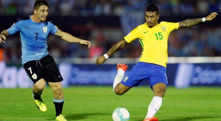 "Paulinho: ""Messi thuyết phục tôi tới Barcelona"""