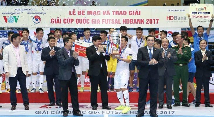 Tin bóng đá Việt Nam sáng 4/12: Thái Sơn Nam vô địch giải Futsal Cúp QG