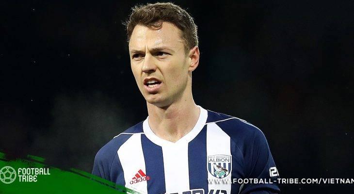 Arsenal và Man City được phép theo đuổi Jonny Evans