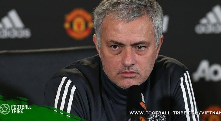 """Jose Mourinho """"đá xoáy"""" Jurgen Klopp về thương vụ Van Dijk"""
