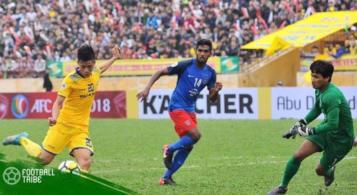 Phan Văn Đức dành tặng bàn thắng tại AFC Cup cho người hâm mộ