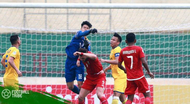 """Chuyển động bóng đá Việt Nam ngày 7/3: SLNA lại gặp """"hạn"""" với thủ môn"""