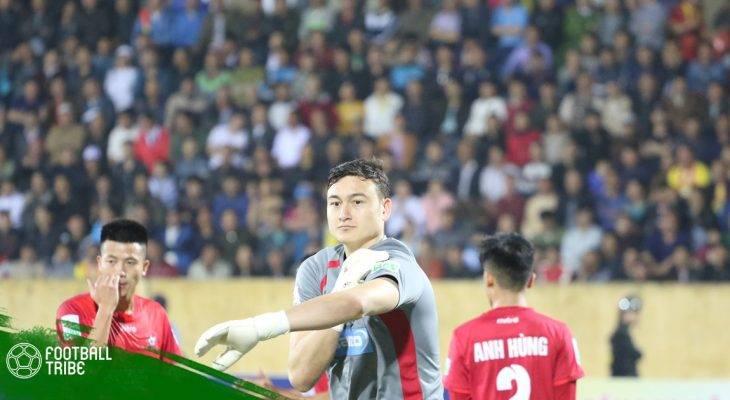 Thủ môn Đặng Văn Lâm dính chấn thương trong trận gặp Jordan