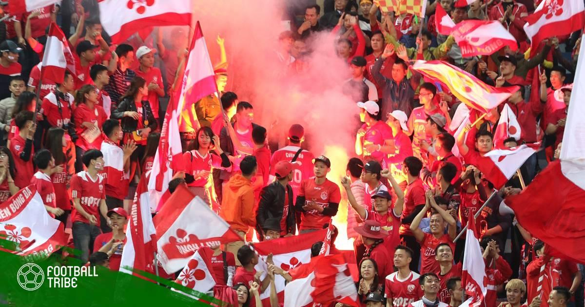 """Dư âm vòng 6 V.League: Các đội bóng """"khốn khổ"""" vì pháo sáng"""