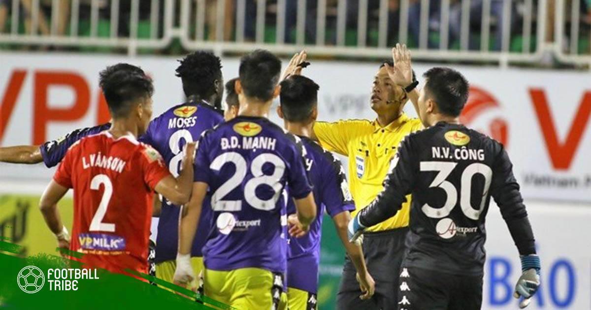 Hà Nội FC bị phạt nặng sau sự cố tại sân Pleiku
