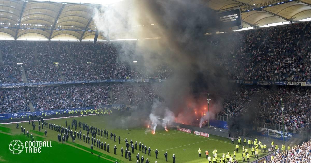 Hamburg xuống hạng sau 55 năm, Volksparkstadion chìm trong khói lửa