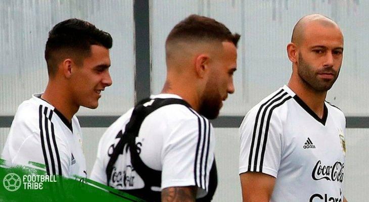 Nóng: Cầu thủ Argentina suýt tẩn nhau trong phòng thay đồ