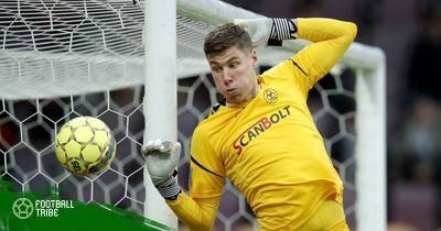 Răng lìa môi, thủ môn vẫn giữ sạch lưới trận ra mắt Europa League