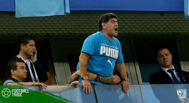 """FIFA """"nắn gân"""" Maradona sau màn chỉ trích trọng tài"""