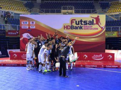 Thái Sơn Nam lập hat-trick vô địch cúp QG