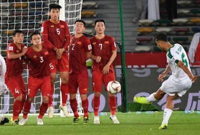 Việt Nam chưa được xóa thẻ vàng ở vòng 1/8 Asian Cup