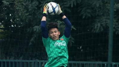 Thủ môn từng dự U20 World Cup chia tay U22 Việt Nam trước Tết