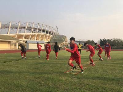 Vòng loại thứ hai U16 châu Á 2019: Đội tuyển U16 nữ Việt Nam đã có mặt tại Lào