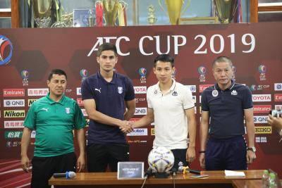 HLV Altyn Asyr đề cao vai trò của Văn Quyết tại Hà Nội FC
